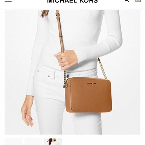 Michael Kors Handbags - Michael Kors Jet Set Crossbody